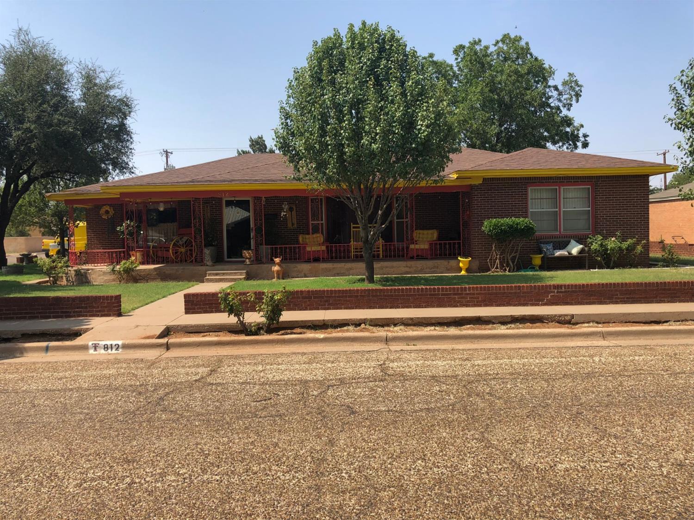 812 N 13th Street Lamesa, TX 79331