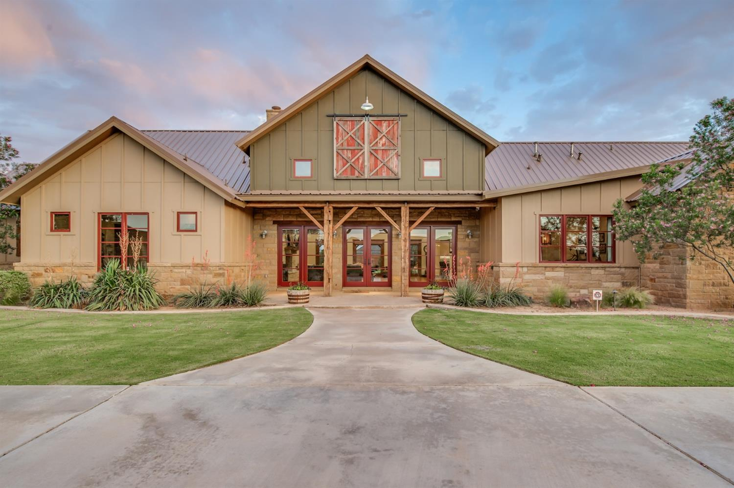 8909 County Road 6870, Lubbock, Texas