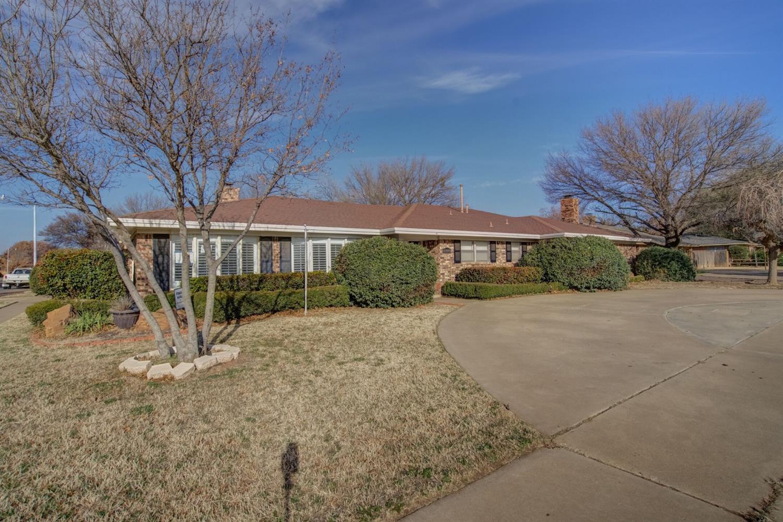 6808 Nashville Avenue, Lubbock in Lubbock County, TX 79413 Home for Sale