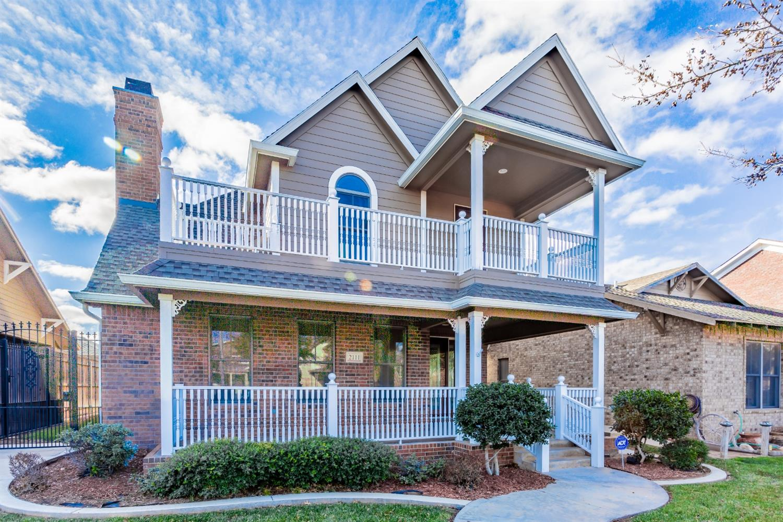 2111 Glenna Goodacre Boulevard, Lubbock, Texas