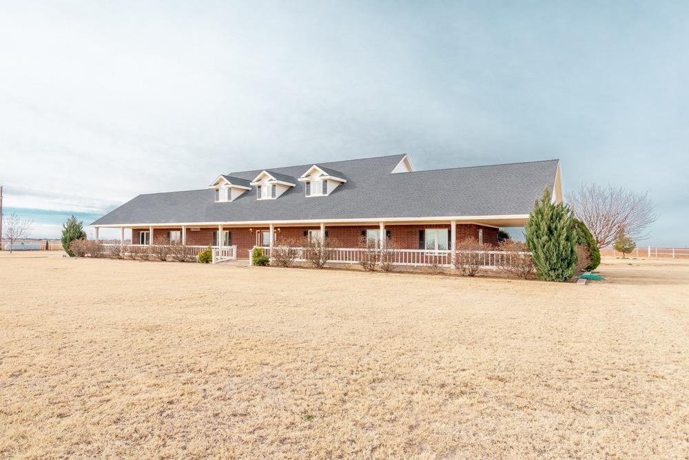 3807 Farm Road 179 Shallowater, TX 79363
