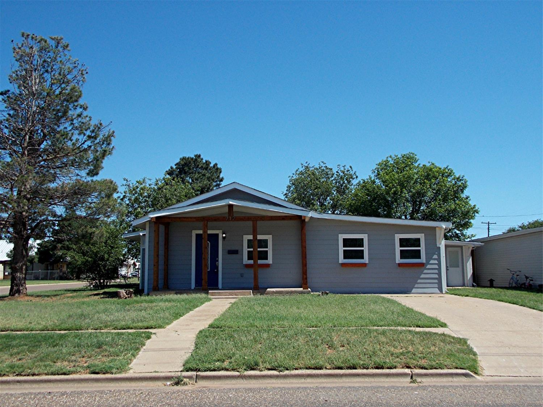 712 12th Street Abernathy, TX 79311