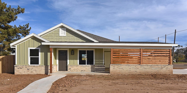 302 Ave G Abernathy, TX 79311