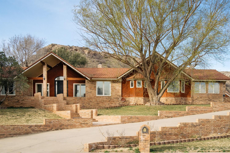 7 S Lakeshore Drive Ransom Canyon, TX 79366