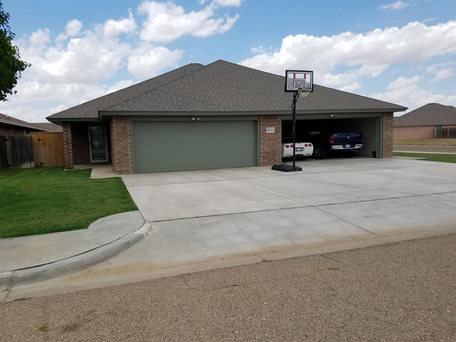 5702 Grinnell Street, Lubbock, Texas