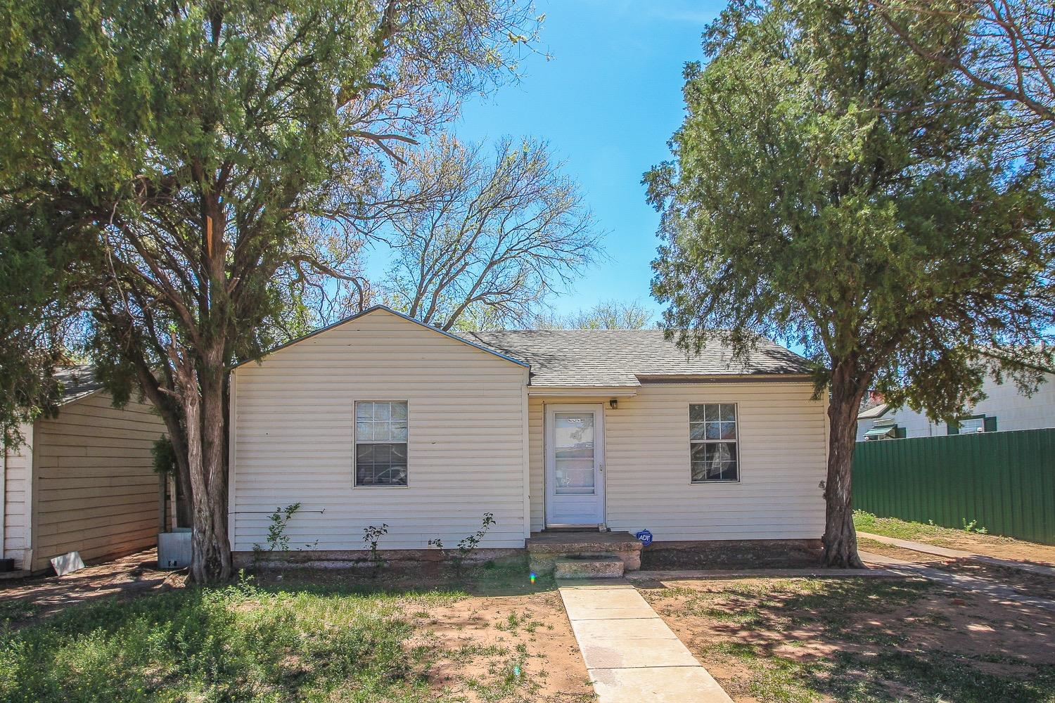 2511 1st Place, Lubbock in Lubbock County, TX 79415 Home for Sale