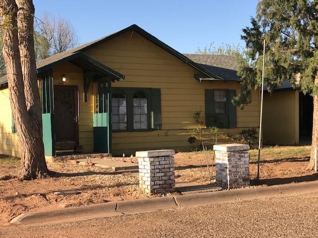 1416 N 2nd Street Tahoka, TX 79373