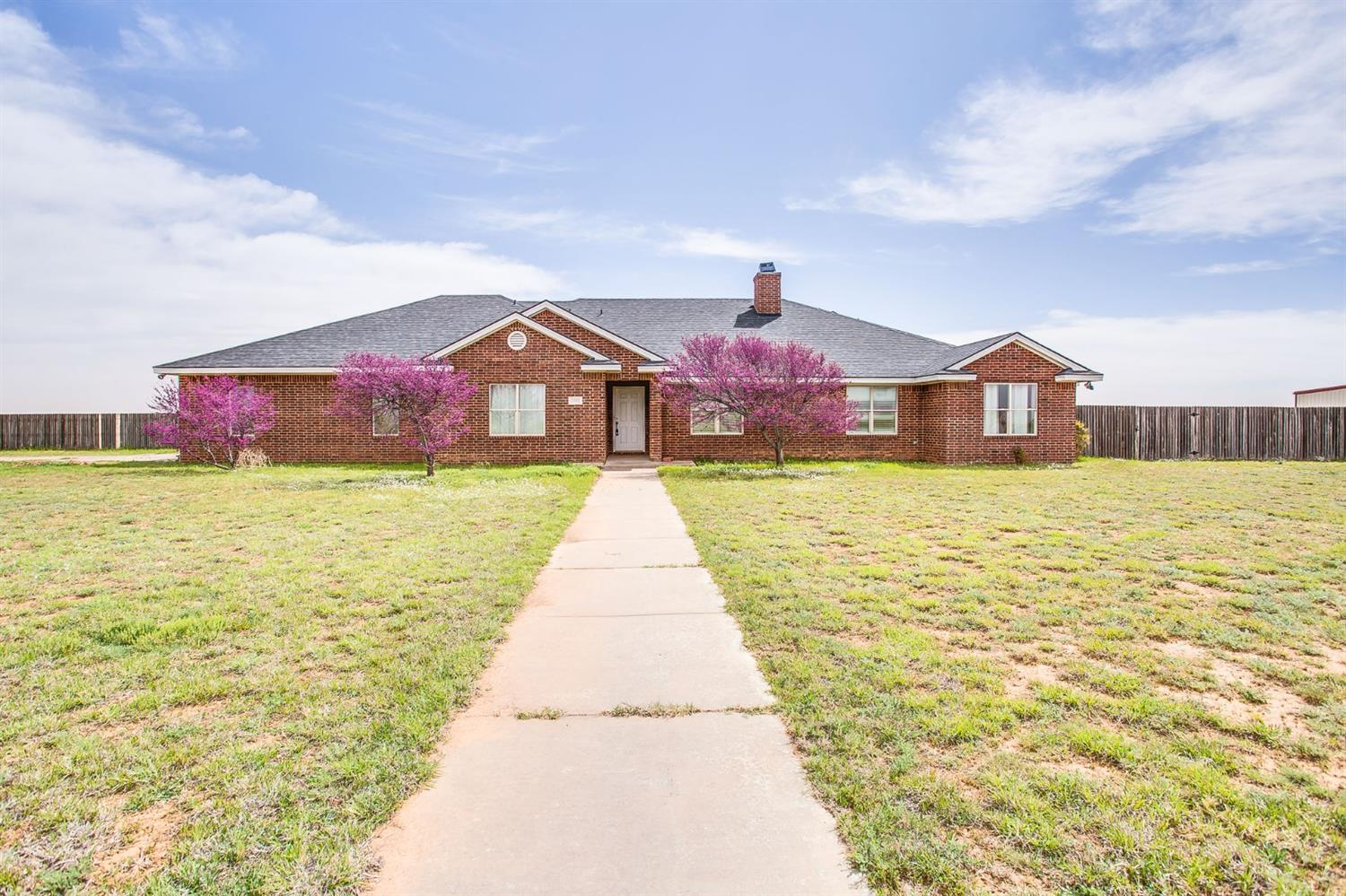 13802 N County Road 1400 Shallowater, TX 79363