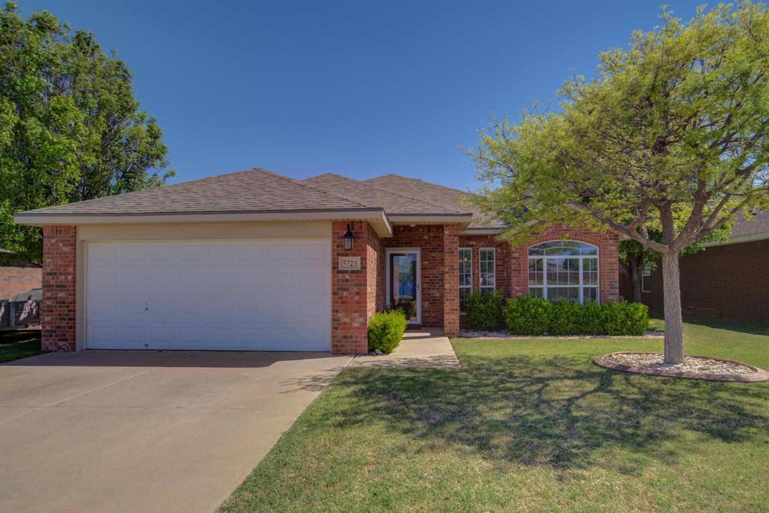 5723 106th Street, Lubbock in Lubbock County, TX 79424 Home for Sale