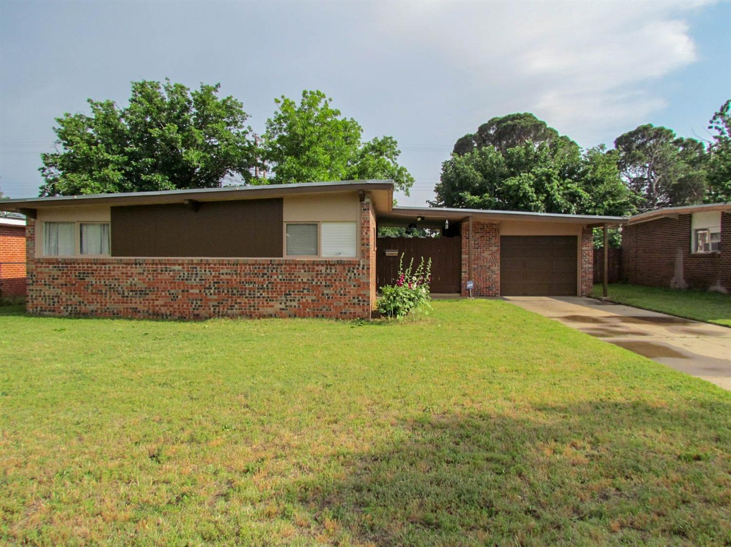2315 48th Street, Lubbock in Lubbock County, TX 79412 Home for Sale
