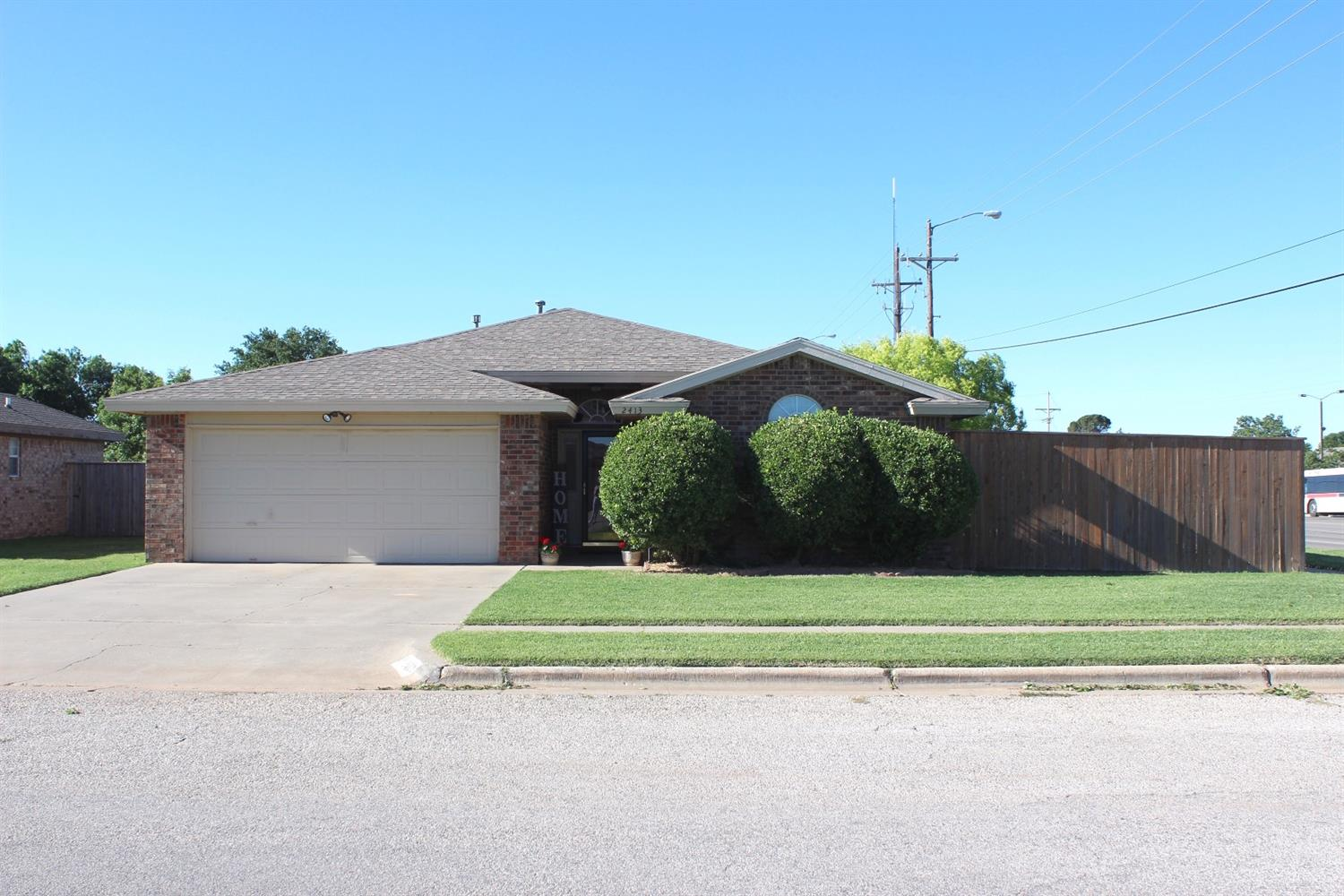 2413 89th Street, Lubbock in Lubbock County, TX 79423 Home for Sale