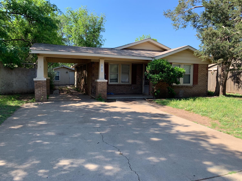 2105 26th Street, Lubbock, Texas
