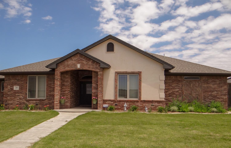7303 Kline Avenue, Lubbock in Lubbock County, TX 79424 Home for Sale