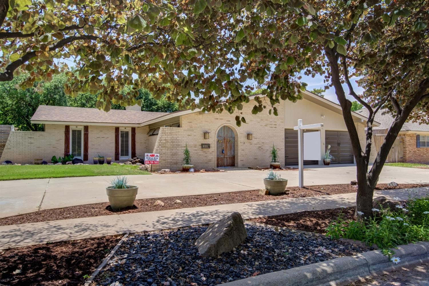 4007 68th Street, Lubbock in Lubbock County, TX 79413 Home for Sale