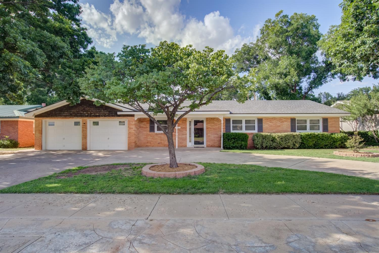 3008 67th Street, Lubbock in Lubbock County, TX 79413 Home for Sale