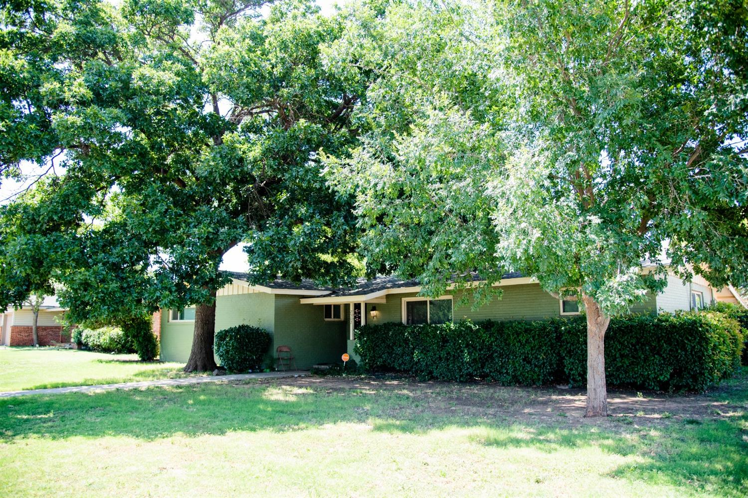 2502 54th Street, Lubbock in Lubbock County, TX 79413 Home for Sale