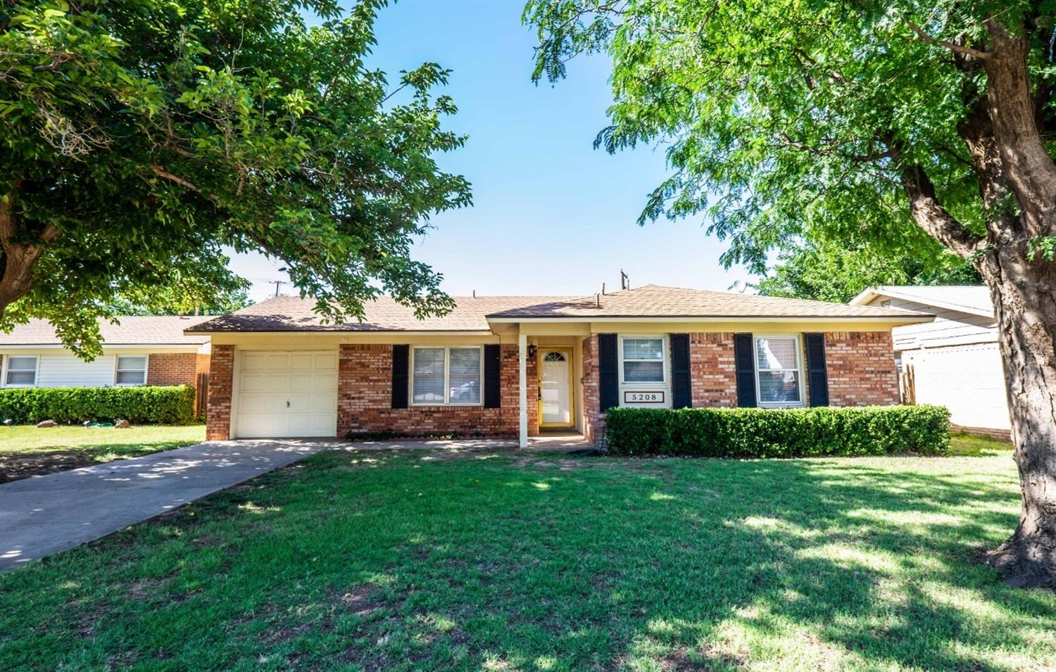 5208 46th Street, Lubbock in Lubbock County, TX 79414 Home for Sale