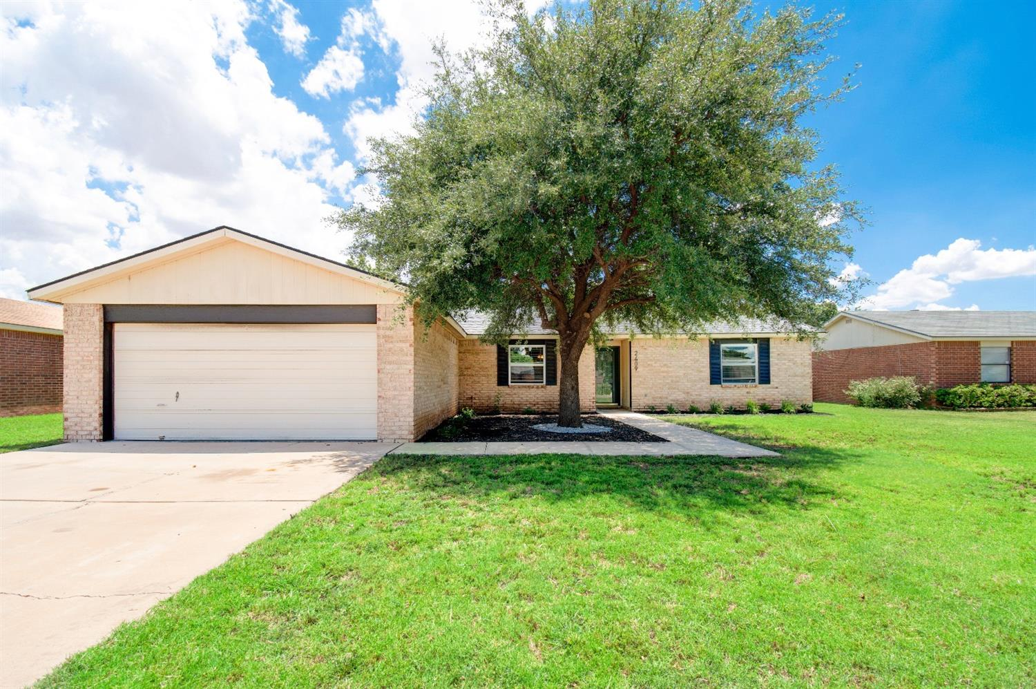 2409 93rd Place, Lubbock in Lubbock County, TX 79423 Home for Sale
