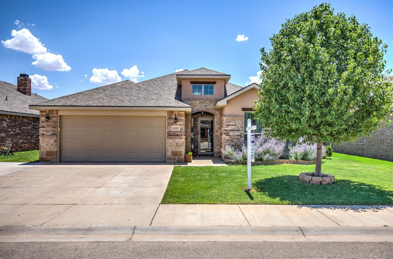 6911 91st, Lubbock in Lubbock County, TX 79424 Home for Sale