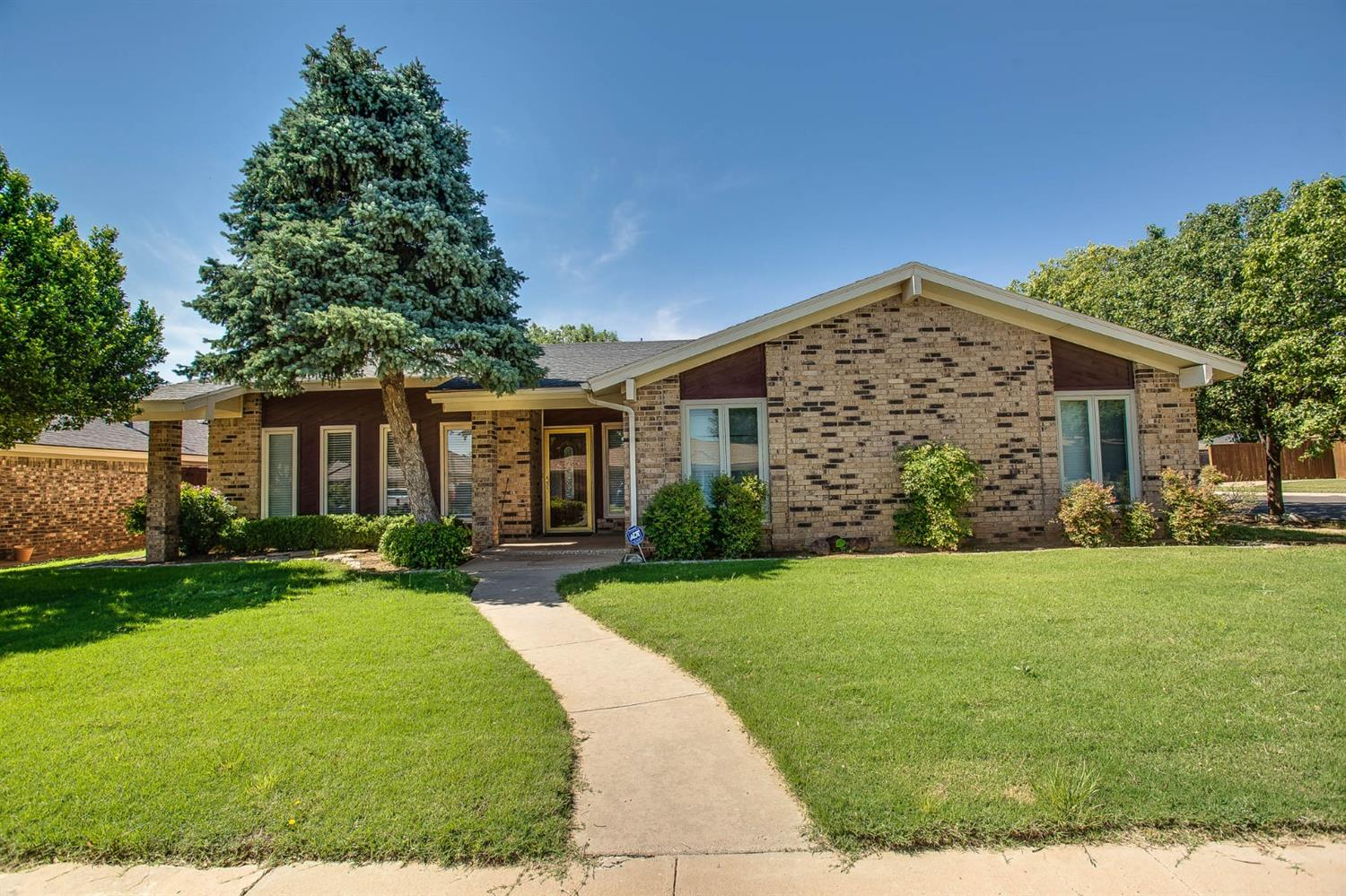 5215 88th Street, Lubbock in Lubbock County, TX 79424 Home for Sale