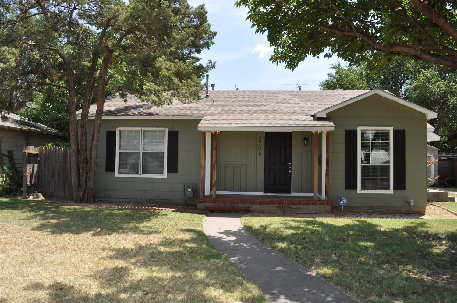 2709 28th, Lubbock in Lubbock County, TX 79410 Home for Sale