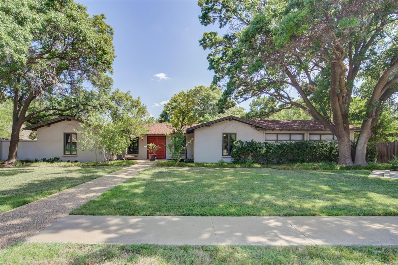 4615 11th Street, Lubbock, Texas