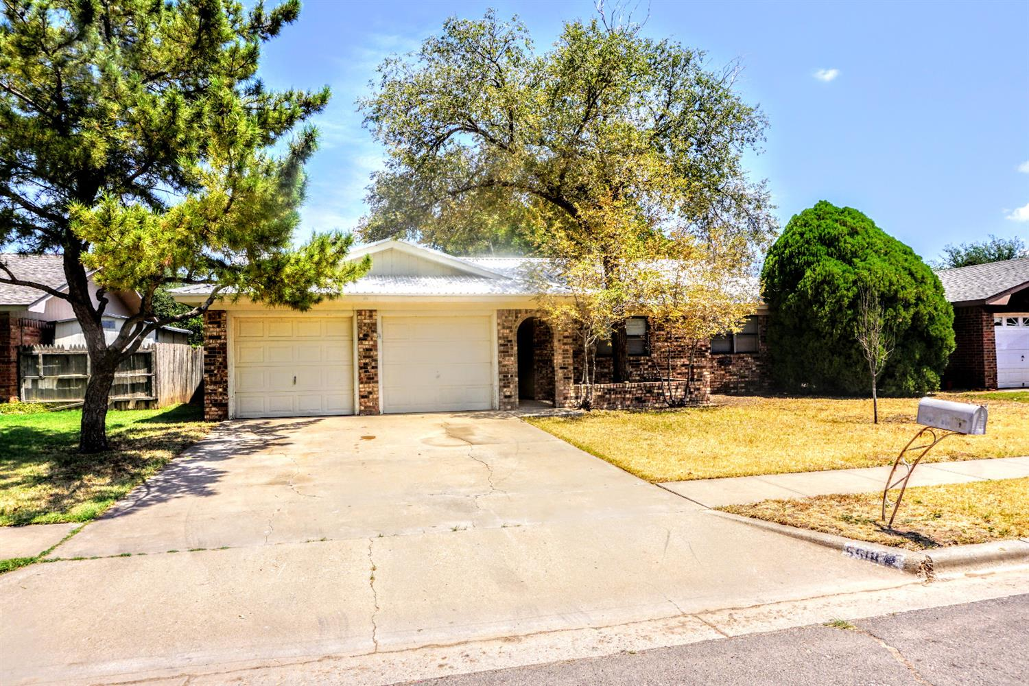 5518 1st Place, Lubbock in Lubbock County, TX 79416 Home for Sale