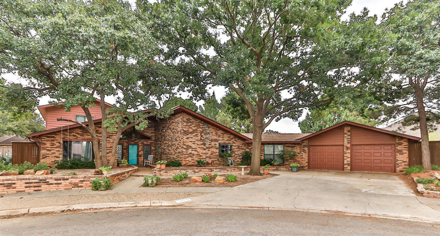 5404 17th Place, Lubbock in Lubbock County, TX 79416 Home for Sale