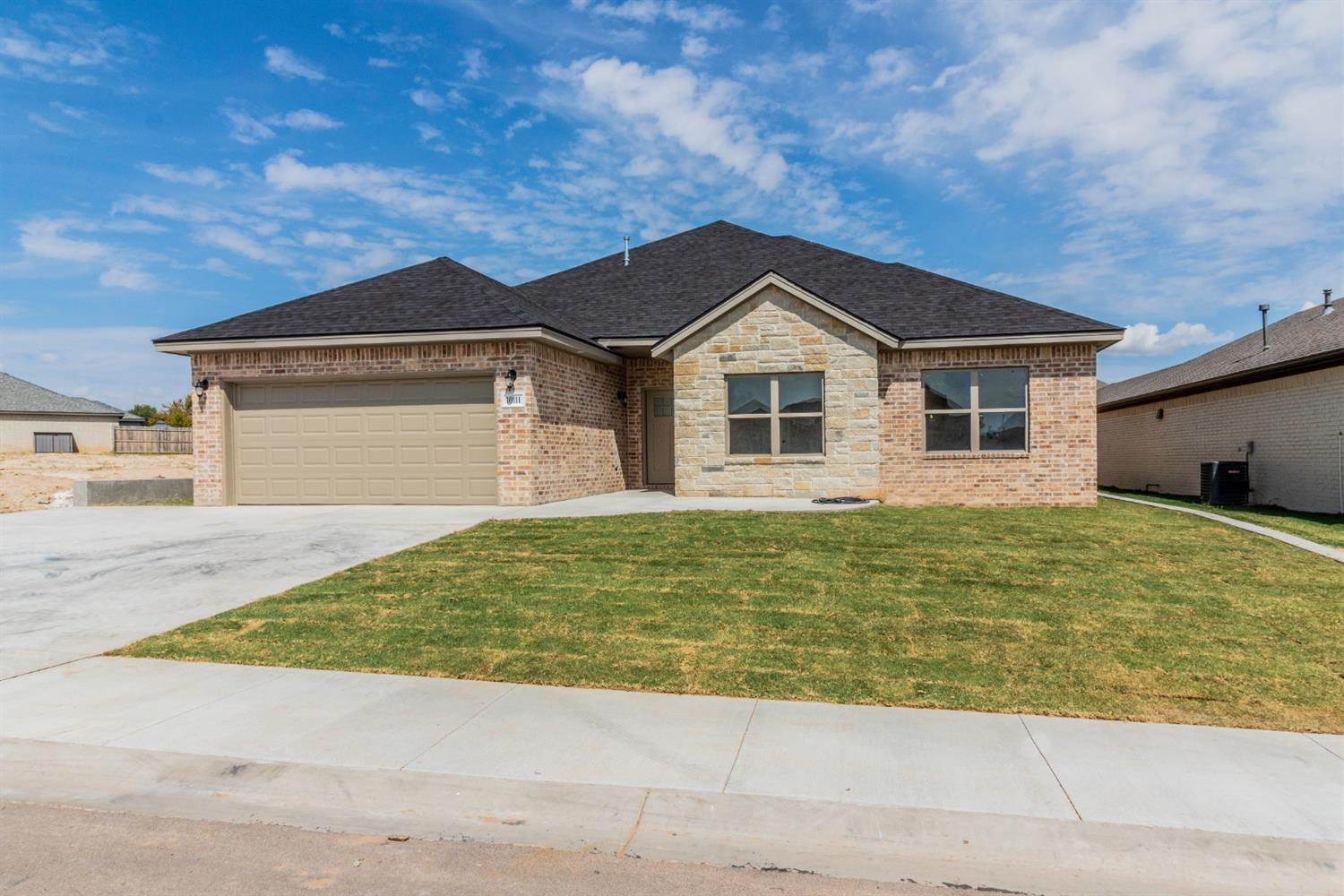 10111 Ave W, Lubbock in Lubbock County, TX 79423 Home for Sale