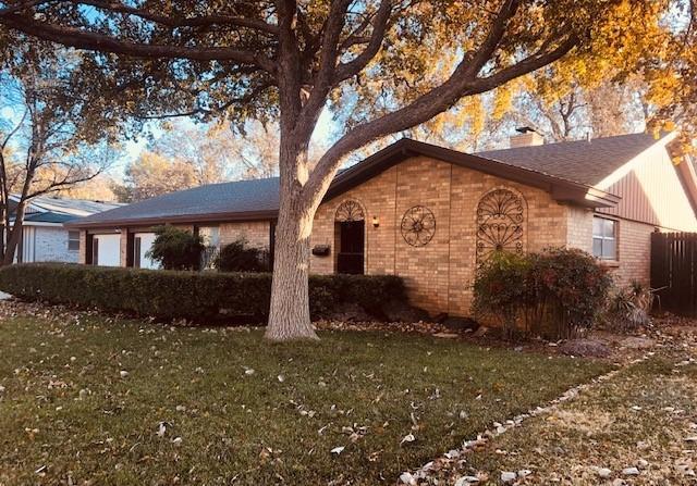6217 Lynnhaven Drive, Lubbock, Texas