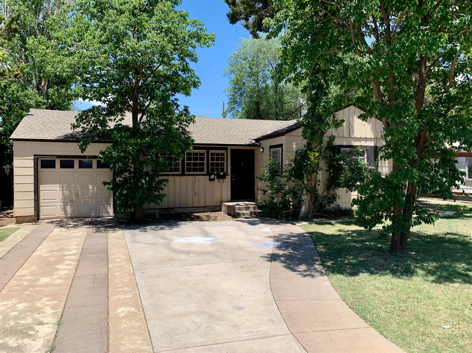2408 32nd Street, Lubbock, Texas