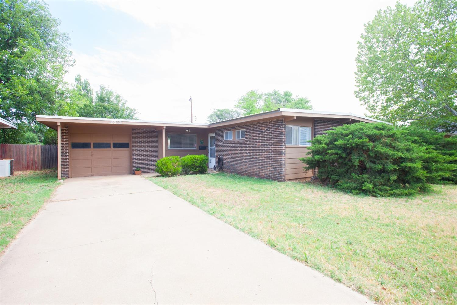 2312 48th Street, Lubbock in Lubbock County, TX 79412 Home for Sale