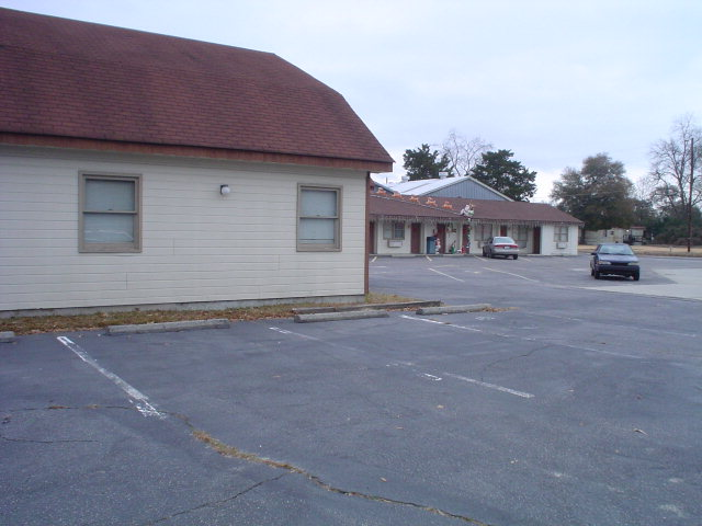 602 Martin Luther King Hwy, Maxton, NC 28364