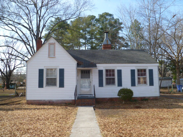 Photo of 723 S Pine Street  Laurinburg  NC