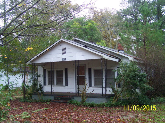 Photo of 613 JACKSON STREET  Laurinburg  NC