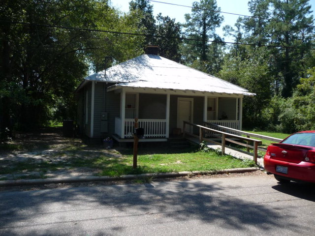 Photo of 417 Cleveland St  Laurinburg  NC