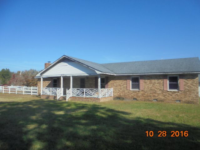 Photo of 13500 Strickland Dr  Laurinburg  NC