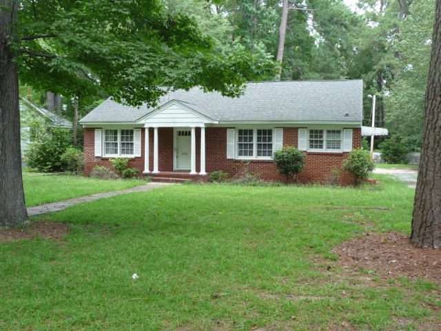 Photo of 104 Darby St  Bennettsville  SC
