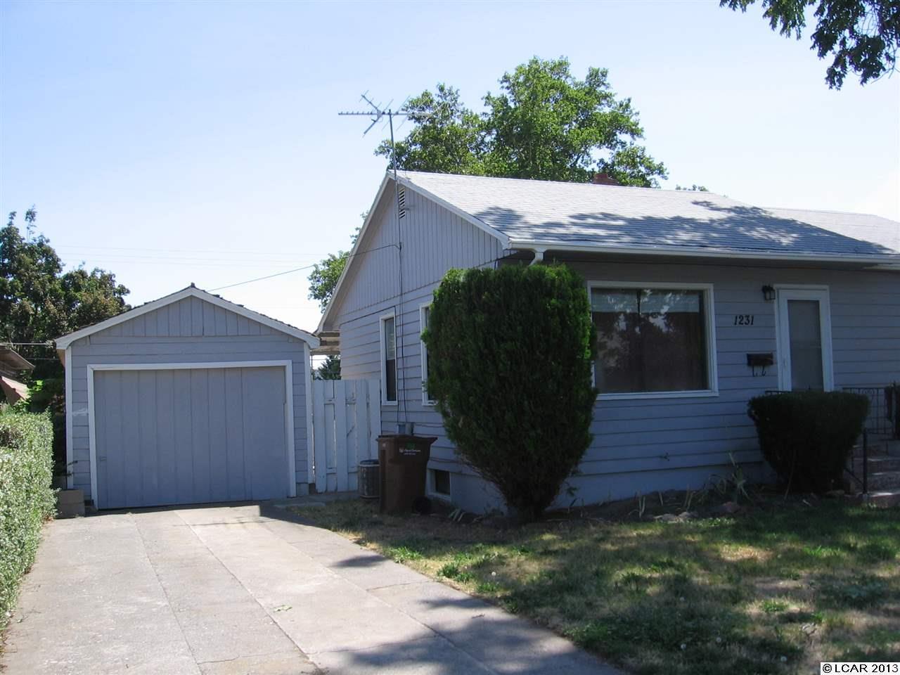 1231 4th St, Clarkston, WA 99403
