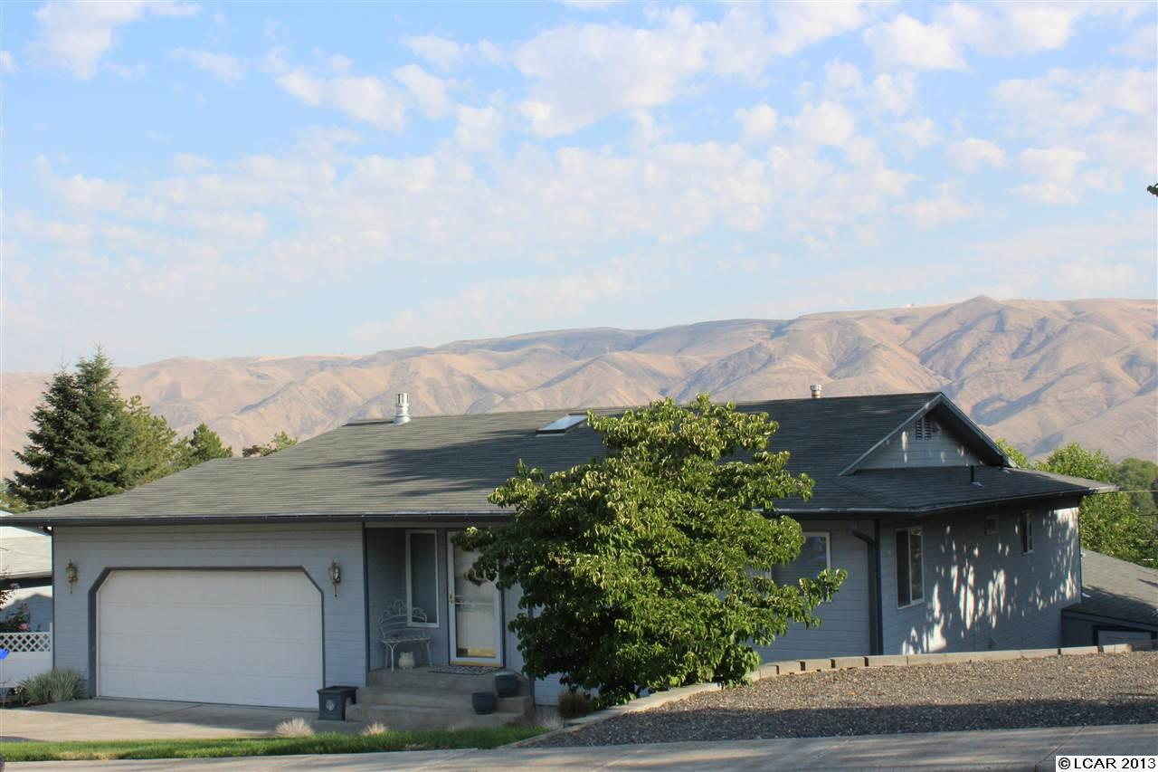 405 21st Ave, Lewiston, ID 83501
