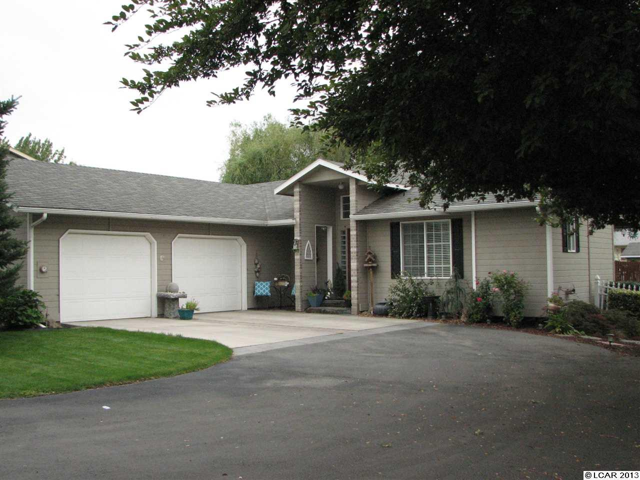 2548 18th St, Clarkston, WA 99403
