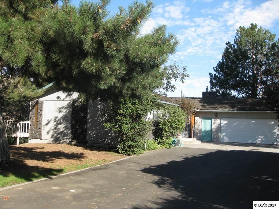 Photo of 424 Riverview Drive  Asotin  WA