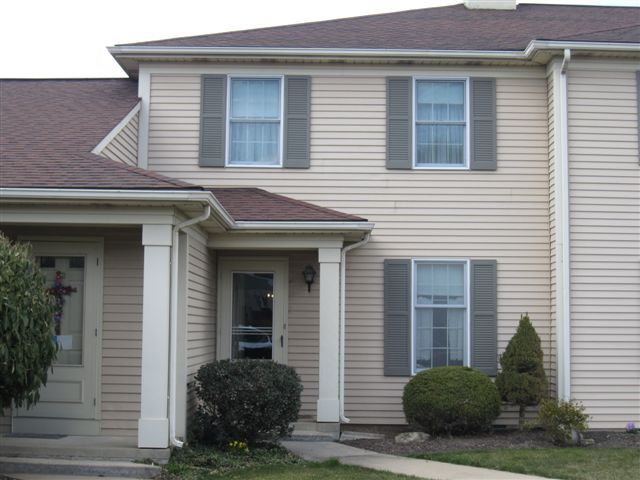14 Ashlea Vlg, New Holland, PA 17557