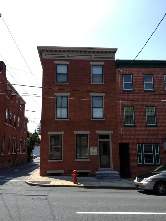 Rental Homes for Rent, ListingId:23775557, location: 126 E CHESTNUT STREET Lancaster 17602