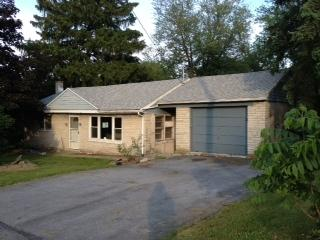 719 W High St, Manheim, PA 17545