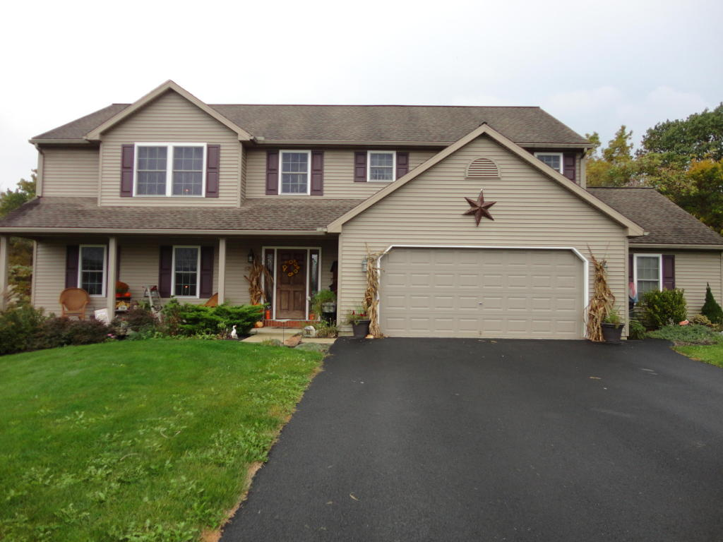144 Creek View Dr, Jonestown, PA 17038