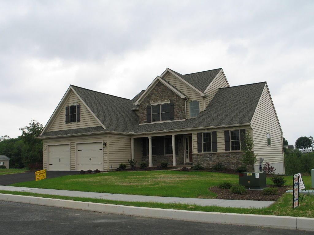 Real Estate for Sale, ListingId: 26431309, Akron,PA17501