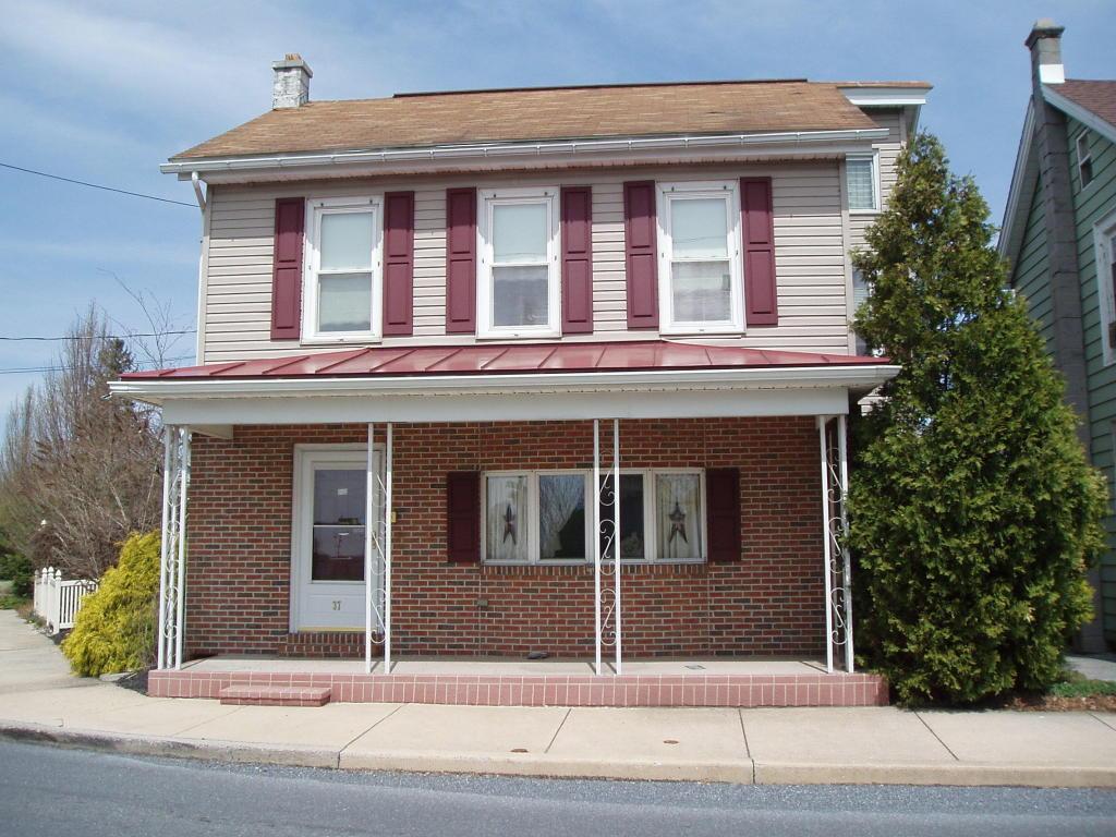 37 W Main St, Richland, PA 17087
