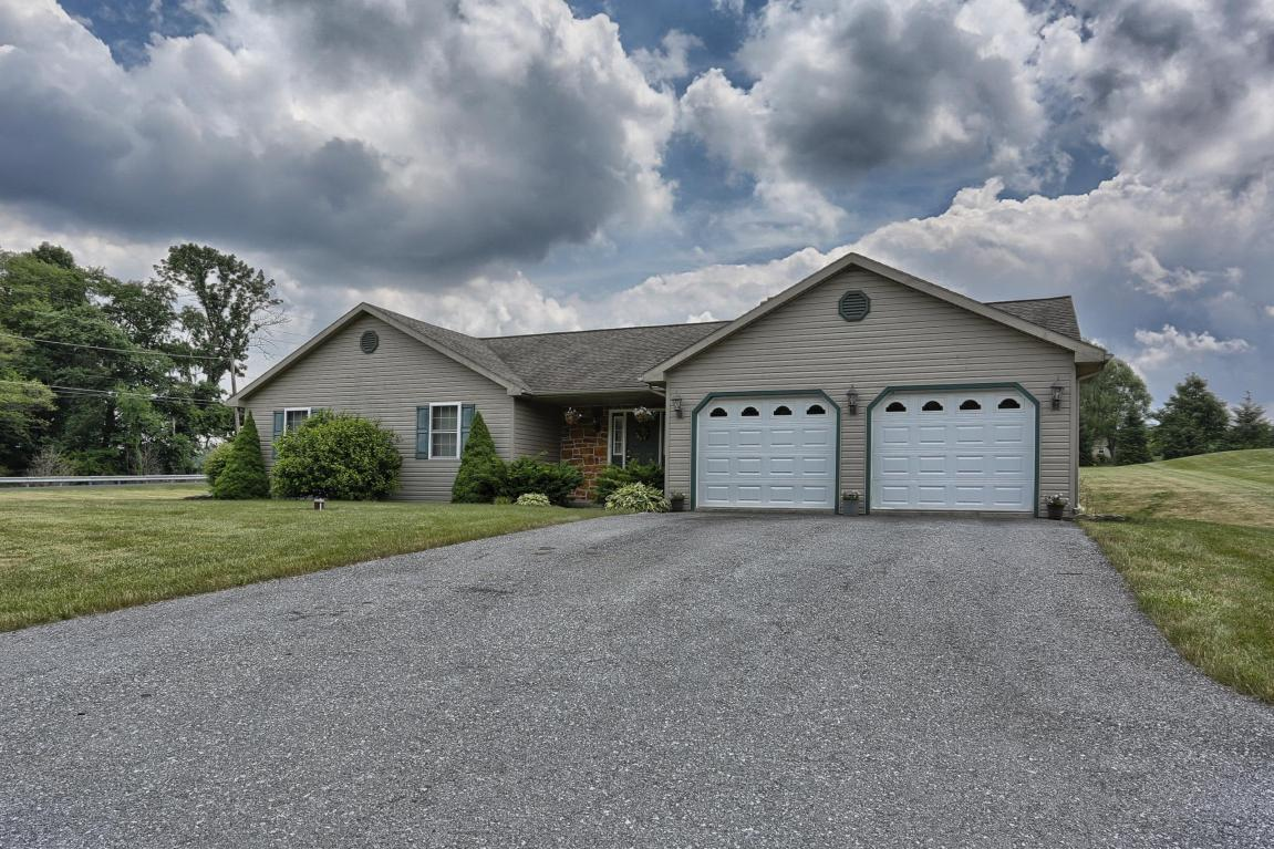 31 Cottage Rd, Myerstown, PA 17067