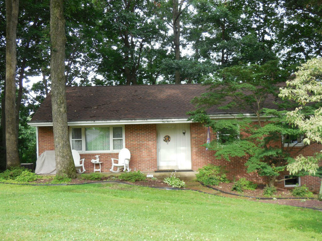 Real Estate for Sale, ListingId: 29202551, Akron,PA17501